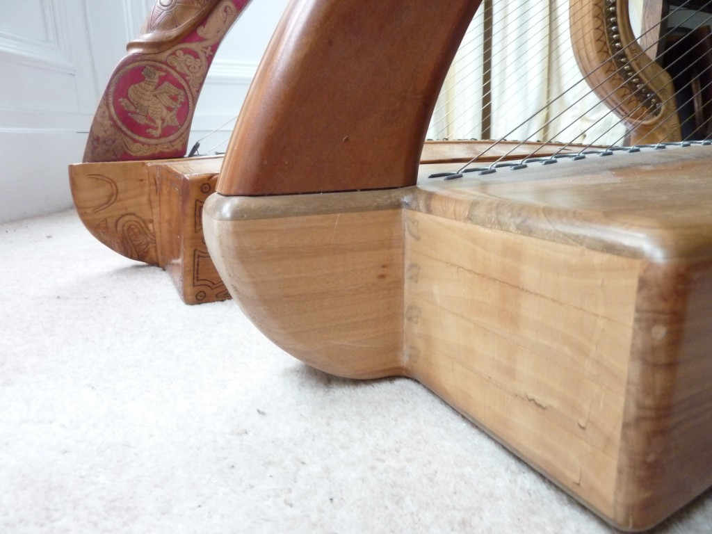 The HHSI Student Trinity, and the replica Queen Mary harp