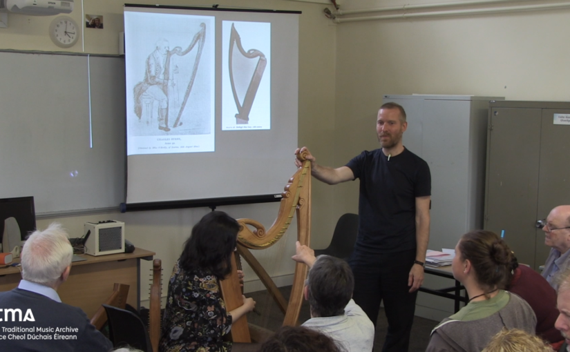 Replica harps & portraits of harpers as a source for performance practice